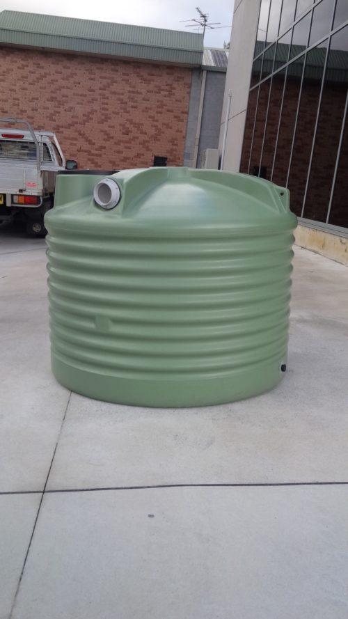 1000 Litre SQUAT ROUND POLY TANK – 2200 Gallon